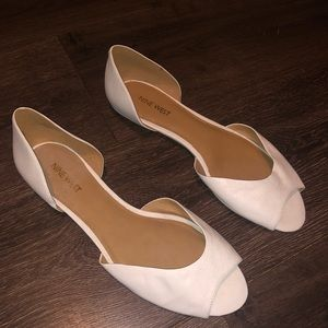 5 for $20 Nine West size 9 white flat/sandals